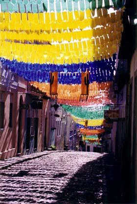 Dekorationen des 'Festa de São João'