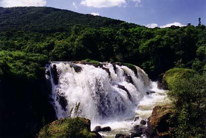 Wasserfall 'Véu das Noivas'